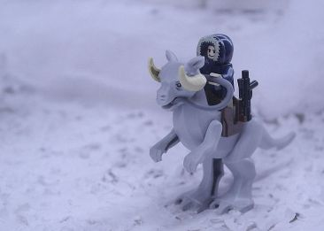 Lego_StarWars_Han_Solo_on_ice_planet_Hoth